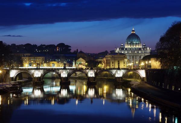 Roma-al-tramonto-con-la-neve.jpg
